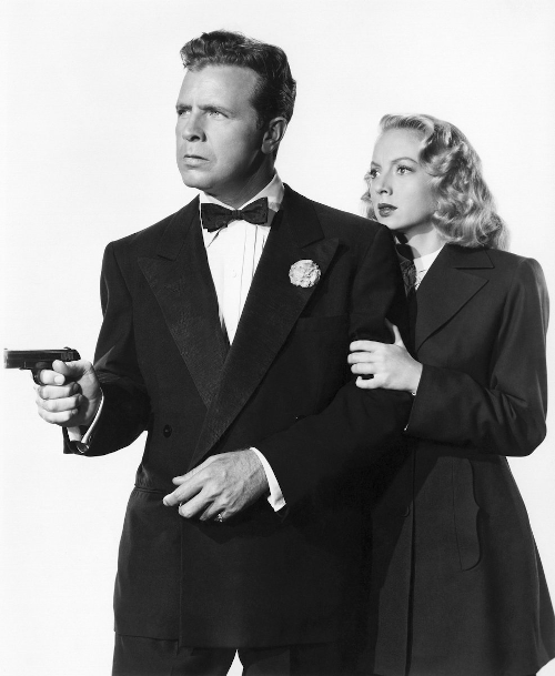Dick Powell, star of Richard Diamond Private Detective, with Evelyn Keyes in the 1947 movie Johnny O'Clock